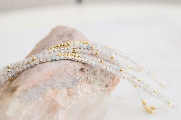 Bransoletka srebrna z naturalnych morganitów